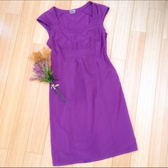 Athleta purple dress, sz 6 medium. Simple purple dress from Athleta. Sz 6. Great condition. This is such a great go-to dress for summer, and SO much less expensive than retail!!  :) Athleta Dresses Midi