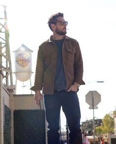 Layered in LA and then the sun came out #winterinLA #LAstory #menswear  @alohasunday overshirt @northmenswear crew neck sweatshirt @freenotecloth Loomstate denim by outlinedcloth