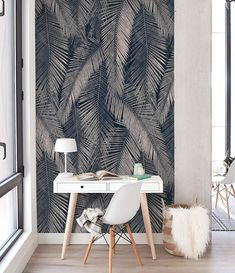 Navy Palm Leaf Wallpaper is based on vintage botanical illustrations that guarantees an extreme exotic feminine look and might be one of the best option for an dark accent wall mural. The pattern design composition is well-defined by exotic Palm leaves supported by a navy background with
