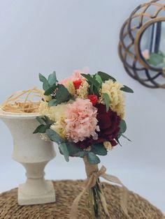 ramo novia Vase, Table Decorations, Home Decor, Home Interiors, Floral Bouquets, Festivus, Wedding Bouquets, Vases, Roses