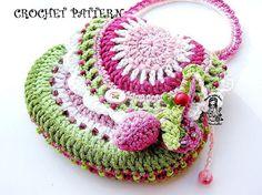 Darling crocheted purse