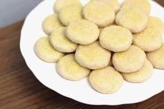 Lemon Sugar Cookies http://www.sarahbakesgfree.com/2013/09/gluten-free-vegan-lemon-sugar-cookies.html