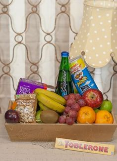 South Africa Snack & Gift Hampers for all occasions. Whether you are looking for luxury or budget, our flower shops have what you are looking for. Biltong, Toblerone, Gift Hampers, Plush Dolls, Gift Delivery, Lunch Box, Snacks, Chocolate, Fruit