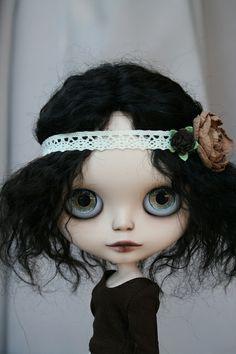 Resultado de imagen de customizar blythe pelo negro