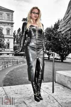 Leather Tights, Leather Catsuit, Leather Gloves, Crazy Outfits, Sexy Outfits, Leder Outfits, Black Leather Dresses, Sexy Boots, Dress With Boots