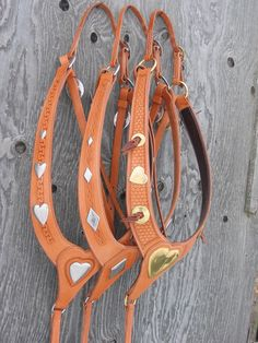 Custom made saddles built in a traditional manner. Side Pull, Western Horse Tack, Headstall, Leather Projects, Saddles, Collars, Breast, Traditional, Loft