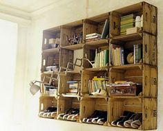 Espíritu Chamarilero: Estanterías con cajas de madera