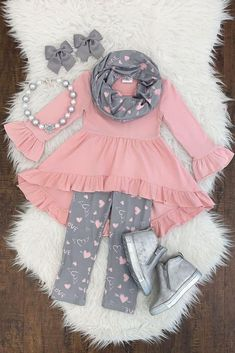 "Pink/gray ""love"" hi/low scarf set - Marie-France LeClair - Little Girl Outfits, Little Girl Fashion, Toddler Girl Outfits, Baby Girl Dresses, Baby Dress, Kids Outfits, Kids Fashion, Cute Baby Clothes, Kind Mode"