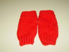 Rote Handstulpen für Kinder von Strickwelten auf DaWanda.com