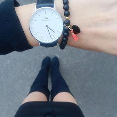 Mai szett. Irány a belváros!  Outfit of the day. Saturday evening.  #ootd #outfit #outfitoftheday #wiw #blogger #fashionaddict #fashion #fashionblogger #inspiration #allblack #loveit #shinyandnewblog #overthekneeboots #danielwellington #zani #handmade #jewelry #bracelet #watch #armcandy #watchmywatch #legs #budapest