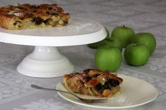 טארט תפוחי עץ ומרציפן לשנה טובה   הגרגרנית