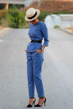 Chuchus et Moi Outfit Bautizo, Estilo Jeans, Spanish Fashion, Classy Dress, Gorgeous Women, Style Me, Fashion Outfits, Fashion Fashion, Fashion Styles