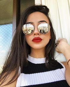 """beda19fde18a4 Mariana Nolasco on Instagram  """"Bem mocinha pra avisar vocês que todos os  óculos da  lbashop são R 99 e tem proteção UV! Então aproveita meu código  """"NOLASCO"""" ..."""