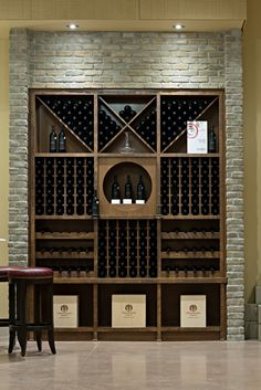 Stone Selex - Thin Brick Veneer Wine Cellar t's been recently yet another wine-filled twelve Glass Wine Cellar, Home Wine Cellars, Wine Cellar Design, Wine Rack Wall, Wine Wall, Wine Shelves, Wine Storage, Bar Sala, Thin Brick Veneer