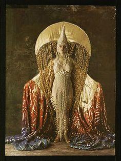 Such vintage space princess. Salon du goût français. Women's costume of a moon. c. 1921