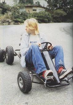 Kurt Cobain Photos, Nirvana Kurt Cobain, Kurt And Courtney, Donald Cobain, Dave Grohl, Foo Fighters, Music Icon, Look Cool, Beautiful Boys