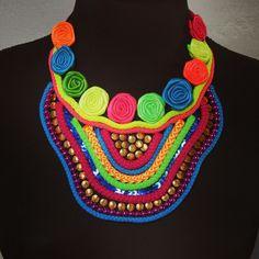 Resultado de imagen para collares de carnaval de barranquilla 2014 Diy Jewelry, Carnival, Boho, Minecraft, Fashion, Handmade Necklaces, Necklaces For Girls, Bracelets, Stud Earrings