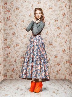 Pin Up Life: Ulyana Sergeenko Russian Inspiration Pin Up Retro, Look Retro, Modern Retro, Retro Style, Vintage Mode, Look Vintage, Vintage Hair, Vintage Glamour, Vintage Outfits