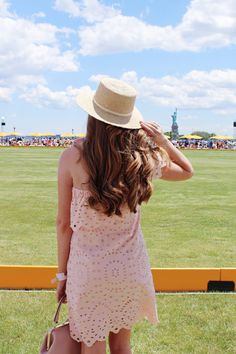Lifestyle blogger Mollie Sheperdson attends the 10th anniversary Vevue Clicquot Polo Classic. All about NYC fashion, outfit inspiration, summer fashion, style bloggers & street style, fashion ideas, street style summer, street style 2017, fashion blog, style blogger, style blogger summer.