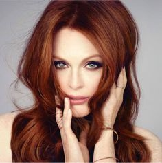New hair color auburn julianne moore 20 ideas Hair Color Auburn, Red Hair Color, Red Hair Shades, Deep Auburn Hair, Color Red, Copper Red Hair, Copper Hair Colors, Copper Color, Julianne Moore