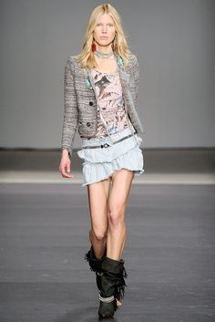 Isabel Marant Spring 2010 Ready-to-Wear Collection Photos - Vogue