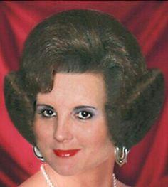 Teased Hair, Bouffant Hair, Vintage Hairstyles, Cool Hairstyles, Fluffy Hair, Hair Flip, Hair Brained, My Style, Hair Styles