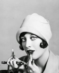Joan Crawford, 1927: Clarence Sinclaire Bull
