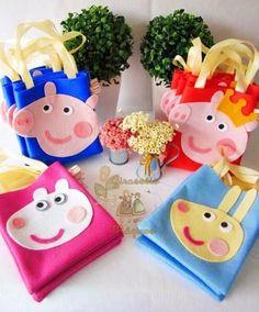 Peppa Pig Gifts, Cumple Peppa Pig, Peppa Pig Pinata, Pig Crafts, Diy And Crafts, Crafts For Kids, Birthday Candy, Pig Birthday, Bricolage