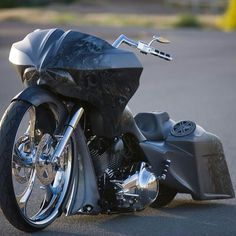 probably one of my favorite sick looking baggers! no matter how many times I see it I find new stuff to admire! Custom Baggers, Custom Harleys, Custom Bikes, Custom Cycles, Harley Bagger, Bagger Motorcycle, Harley Bikes, Motos Harley Davidson, Bobber Chopper