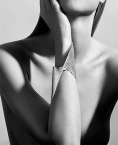 Zaha Hadid launches new jewellery collection with Georg Jensen / Zaha Hadid Design | Zaha Hadid Design