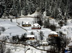 Winter in Bucovina! Maybe Someday, Winter Scenery, Winter Landscape, Beautiful Places, Places To Visit, Country, Nature, Travel, Outdoor
