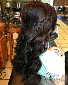 Bridesmaid Wedding Hairstyles for Long Hair - Hair Styles 2019 Wedding Hair And Makeup, Hair Makeup, Dress Makeup, Braids With Curls, Soft Curls, Loose Curls, Curly Braids, Fishtail Braids, Waves Curls