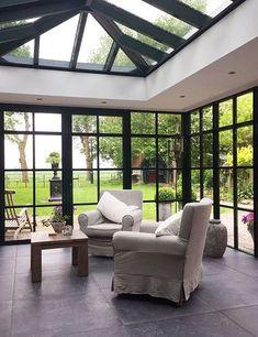 home interior decor ideas Extension Veranda, House Extension Design, House Design, Garden Room Extensions, House Extensions, Casa Top, California Room, Rooftop Design, Modern Tiny House