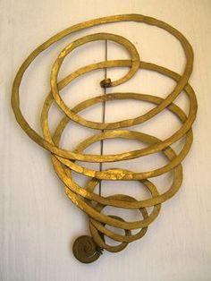 Brooch | Alexander Calder. Brass and steel wire. ca. 1940