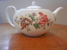 Wedgwood Sandon bone china #24 teapot  WD4010- EXCELLENT!!