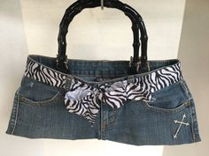 Cute small blue Jean denim purse with black handles, zebra striped ribbon and Christian cross accent patches. All pockets are usable for keys, cell phone, etc. Diy African Jewelry, Blue Jeans, Denim Jeans, How To Make Purses, Diy Bags Purses, Denim Purse, Vintage Buttons, Tote Bag, Trending Outfits