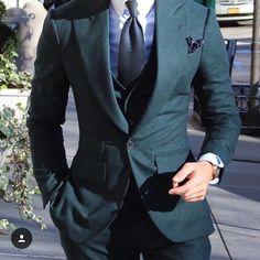 Absolute Bespoke  Suit Green NYC #suit#tie#desing#threepice#pants#pattern#ny#travel#Absolutebespoke @absolutebespoke  by jaimevillanuevaghisleri