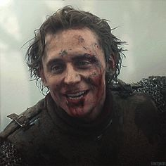 gifs tom hiddleston gif!tomhiddleston henry IV prince hal the hollow crown gif!thc