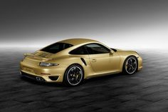 Porsche : Une 911 Turbo Gold par Porsche Exclusive