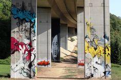 Street Art, City 'Approved' graffiti at Bridge-Gallery Loerrach, Germany Urban Street Art, Amazing Street Art, Artwork Display, Art Uk, Street Art Graffiti, Roman Empire, Public Art, Ancient Egypt, Bridge
