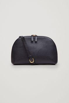 6bdc19152a 9 Best handbags images