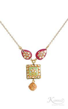 Simple and elegant #Kundan #necklace from #KamnazJewellery
