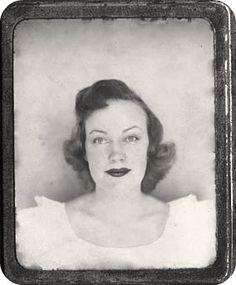 Photomatic Photobooth 1950's