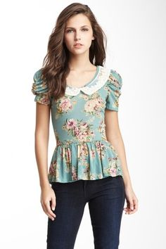 Lace Peter Pan Collar on Floral Peplum Top Sleeves from New Look/Simplicity 6150