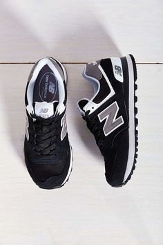 Empfohlene New Balance Schuhe für Marathon (Herren und Damen) – Ntokozo – join in the world of pin Nb Sneakers, Running Sneakers, Running Shoes For Men, Mens Running, Sneakers Women, Sock Shoes, Cute Shoes, Me Too Shoes, Shoe Boots