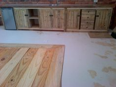 Counter in rustic finish