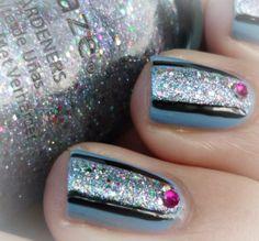 Malý koutek krásy: China Glaze - Electric Beat & Nail art :-)