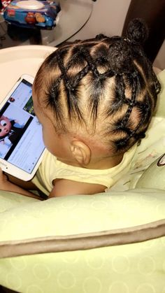 Hairstyles curly The post appeared first on Toddlers Diy. O post apareceu pela primeira vez no Toddlers Diy. Black Toddler Girl Hairstyles, Toddler Braided Hairstyles, Cute Little Girl Hairstyles, Natural Hairstyles For Kids, Natural Hair Styles, Classy Hairstyles, Toddler African American Hairstyles, Kid Hairstyles, Weave Hairstyles