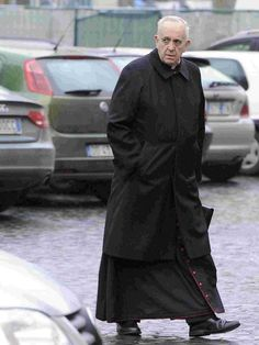 """(left, """"There are many photos of the black clad Jesuit that belie his real self."""") - See more at: http://henrymakow.com/2015/10/Pope-Francis-Rages-Against-Conservative-Cardinals.html#sthash.U43G5Asn.dpuf"""