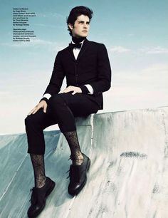Legwear Fashion For Men: Outfit of the Week Silk Socks, Sheer Socks, Male Fashion, Men's Fashion, Mens Tights, Weekly Outfits, Comfy Pants, Super Skinny Jeans, Lyon